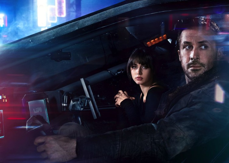 "Ana de Arms and Ryan Gosling in ""Blade Runner 2049"""
