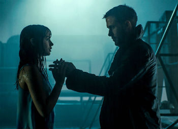 "Ana de Armas and Ryan Gosling in ""Blade Runner 2049"""